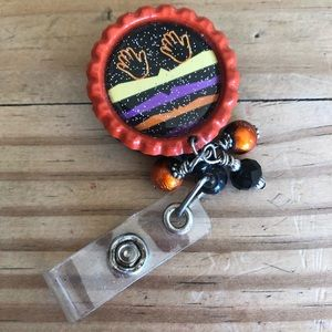 Jewelry - Badge Holder Native 💥2 or more is BOGO 1/2 off💥